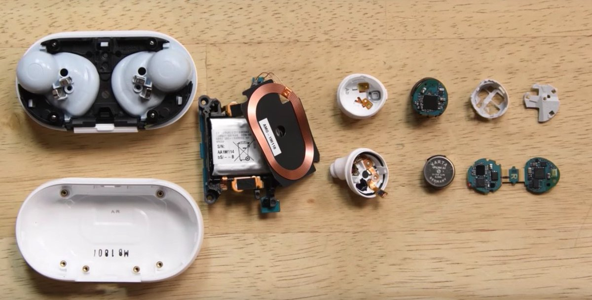 Like all of our teardowns, our Galaxy Buds video is not a repair guide. But it's a matter of an hour or two for us or a community member to create a Galaxy Buds battery service guide. daringfireball.net/linked/2019/10… Since @gruber is such a huge Samsung fan, maybe he should do it.