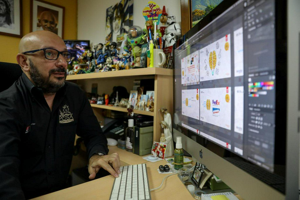 Venezuela designers turn to piracy after Adobe announces it will cut service https://reut.rs/3228JX7