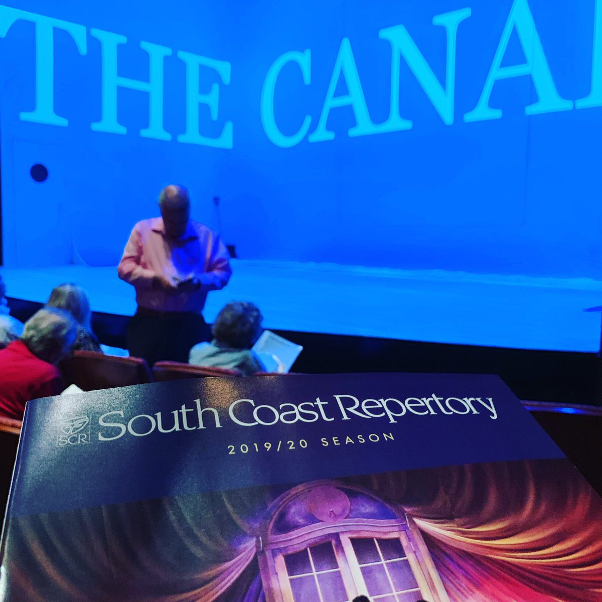 Tonight's assignment: the brand new #play THE CANADIANS by Adam Bock at @SouthCoastRep Such an endearing rom-com style stage play! 🚢❤️🌈🏳️🌈 #theatre #lgbt #gaycruise #oc #orangecounty