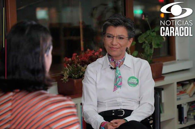"""""""La gente en Bogotá está pidiendo liderazgo, carácter y visión"""": Claudia López (@ClaudiaLopez), candidata a la Alcaldía de la capital.Reviva aquí su entrevista con @NoticiasCaracol >>> http://bit.ly/2AUcmmj #BogotáDecide"""