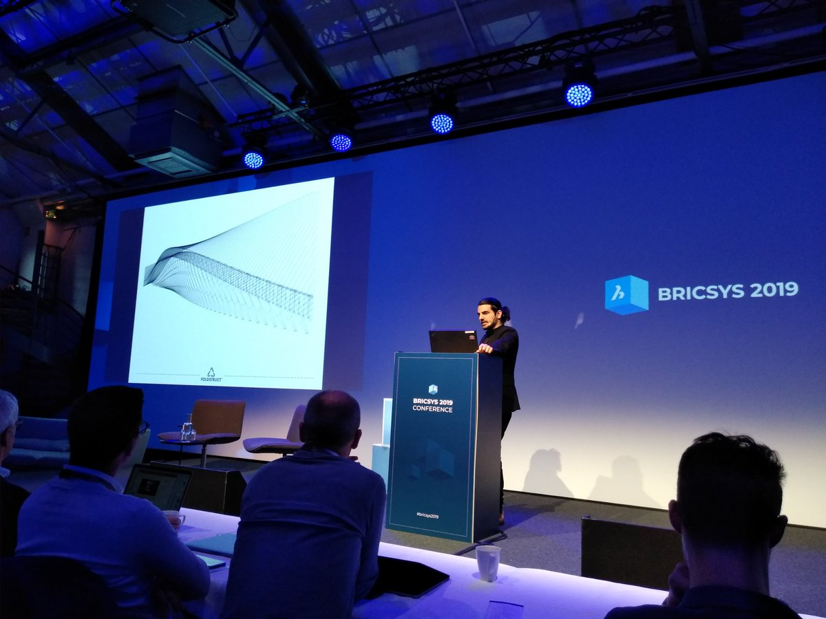 Architect Talk Friedman bridging the gap between design and fabrication. Thinking at the intersection of genres with Bricsys BIM + Mechanical and Rhino + Grasshopper. #bricsys2019 https://t.co/D38YLmCgMZ