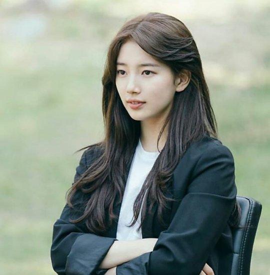 Happy Birthday Bae Suzy!!