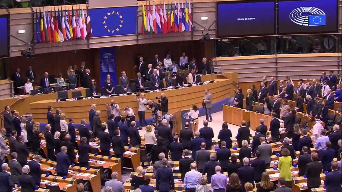 Shocked and saddened by the tragic events in #Halle, Germany, the members of the European Parliament stood for a minute of silence today. We send our deepest condolences to the families of the victims and hope that the police will be able to catch the suspects quickly.