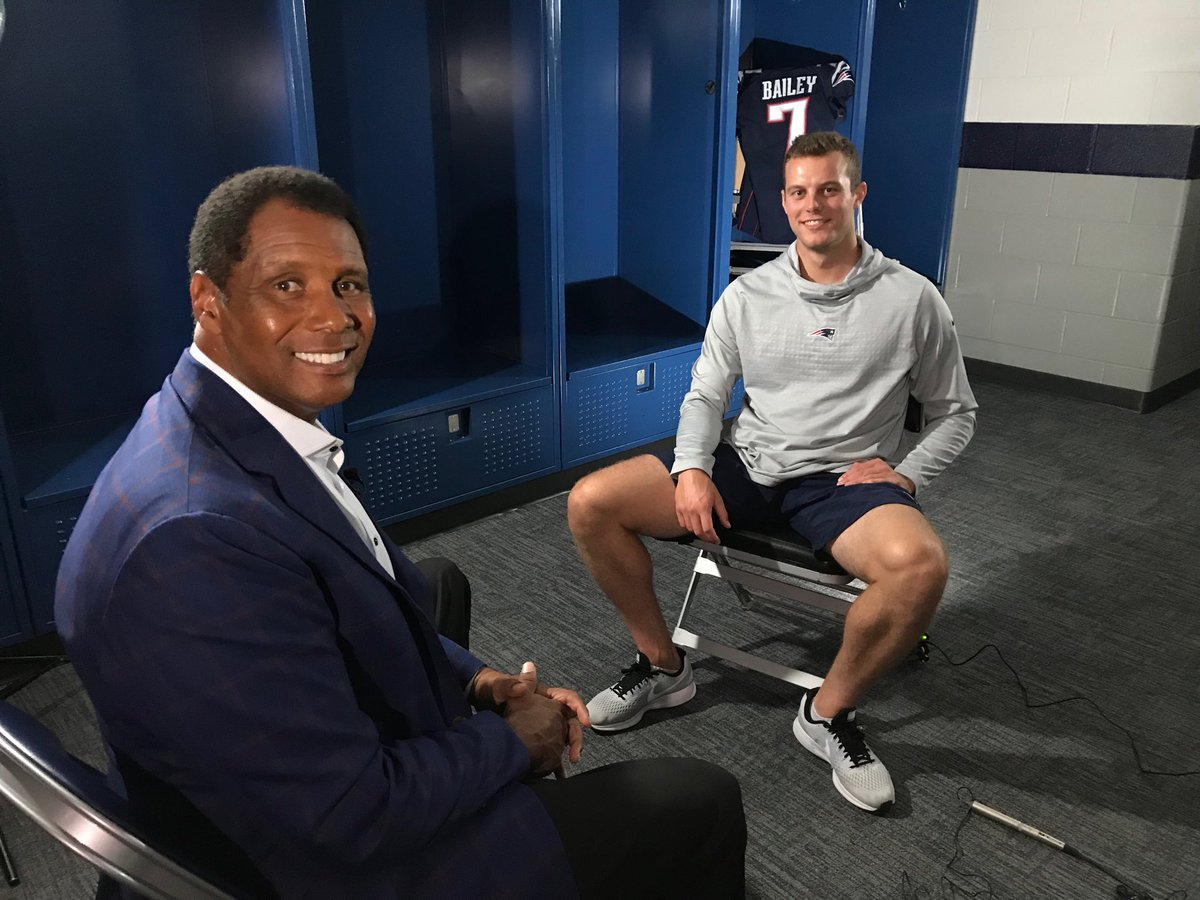 Tune into a special edition of Patriots Gameday tonight at 7pm on WBZ. I go 1 on 1 with Jake Bailey who talks about his dual role as a punter and a kicker. #WBZ