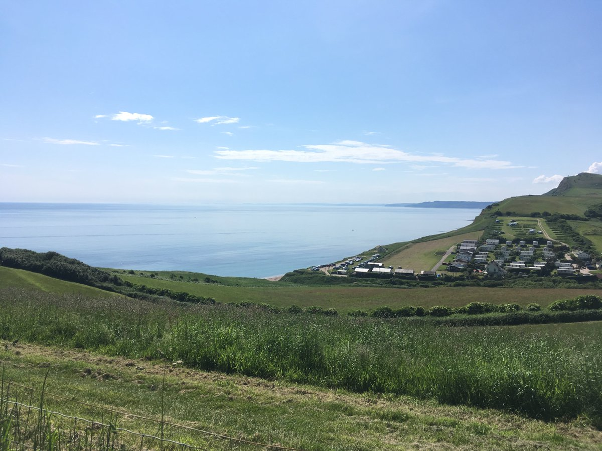 Good morning! Looking down into Eype on a sunny day! #pictureoftheday 📸 If you would like your photo to feature here, email it to news@bridportnews.co.uk Find the latest west Dorset news at http://bridportnews.co.uk