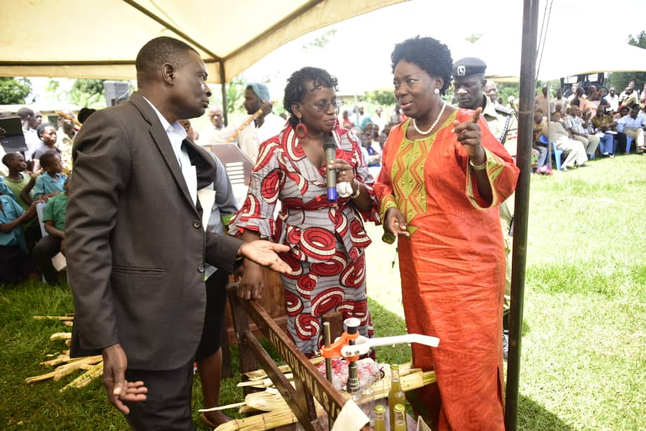 Dr. Grace Nambatya, Director Natural Chemotherapeutic Research Institute, says the sugarcane juice can be consumed, is useful in fighting cancer, cleaning of teeth, cure of bad breath and that the sugarcane that has been used to extract juice can be turned into toilet paper.