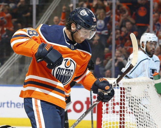 @TSNHockey's photo on James Neal
