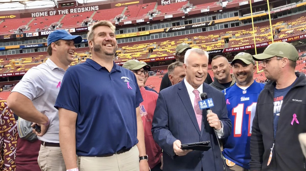 They veterans were joined by #Patriots alumni Max Lane, Wesley Britt, and Darryl Haley. Honored to have them join us Sunday on Patriots Gameday on #WBZ A big thank you to them for their service!