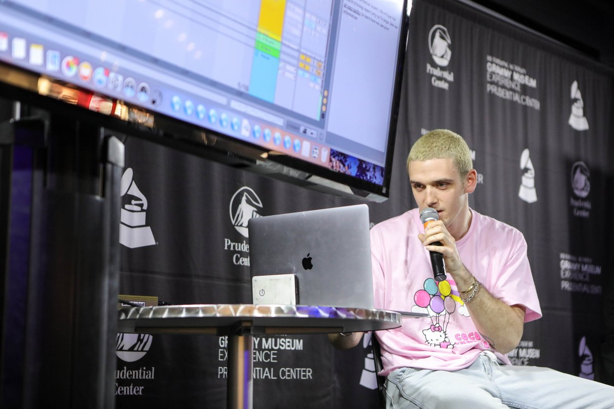 What a special night with @lauvsongs last night in the #GRAMMYMuseumExp!   Photo Gallery:
