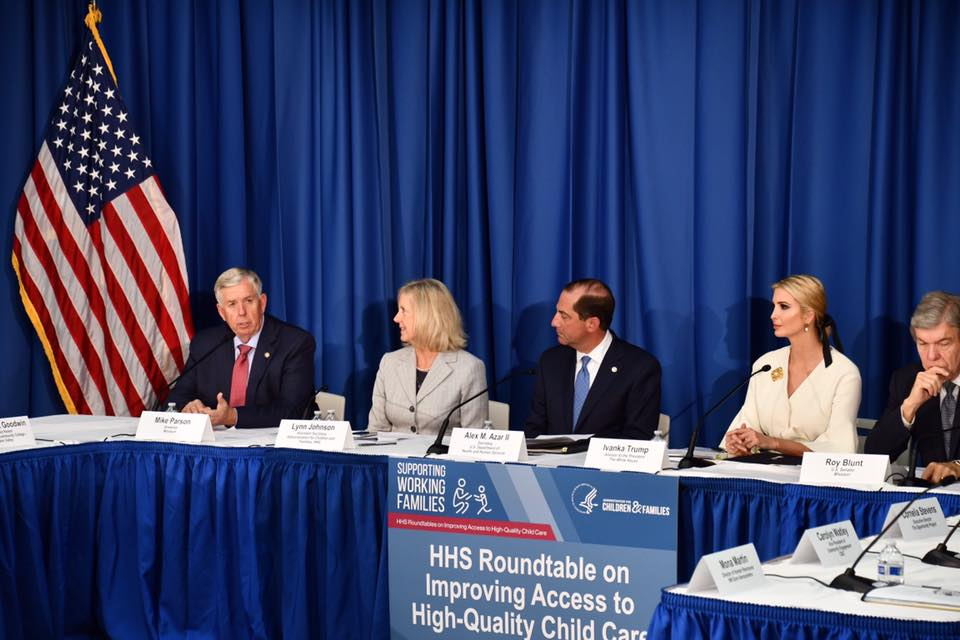 In Kansas City today, Gov. Mike Parson, U.S. Sen @RoyBlunt, presidential advisor @IvankaTrump, @HHSGov Secretary Alex Azar and @ACFHHS Assistant Secretary Lynn Johnson held a discussion on improving access to child care for working families. 📷: @GovParsonMO