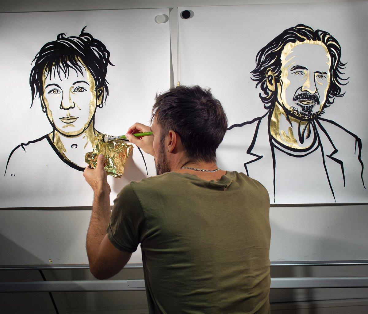 Meet Niklas Elmehed, the talented portrait artist