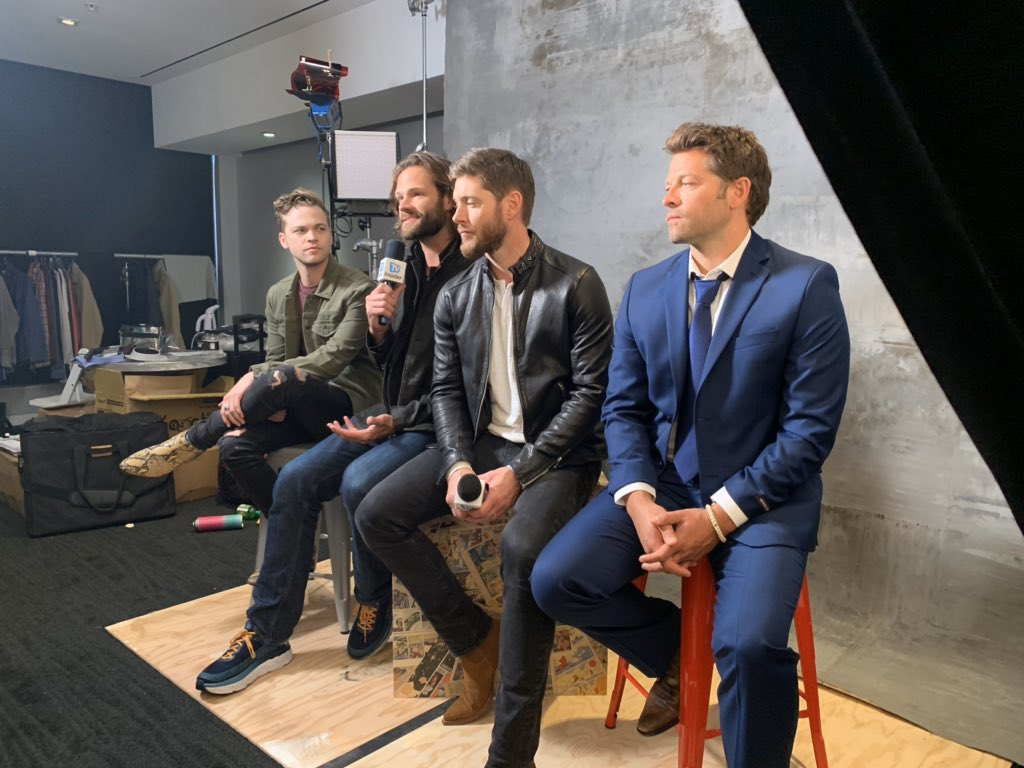 Happy #SPN day! @cw_spn returns tonight!! Here's some behind the scenes shots from when the guys stopped by during SDCC for their TVGM cover shoot! Don't judge me for my lack of photos, #SPNFamily, I was just so in awe of these guys I didn't even think to take many!<br>http://pic.twitter.com/HdHTtFYxej
