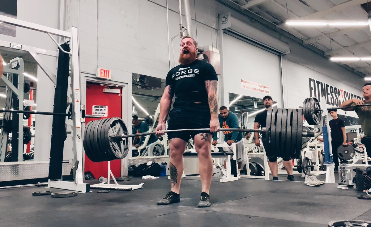 675 pounds. 7 plate deadlift. Still pumped. 5.5 years vegan, which nutrients am I lacking?