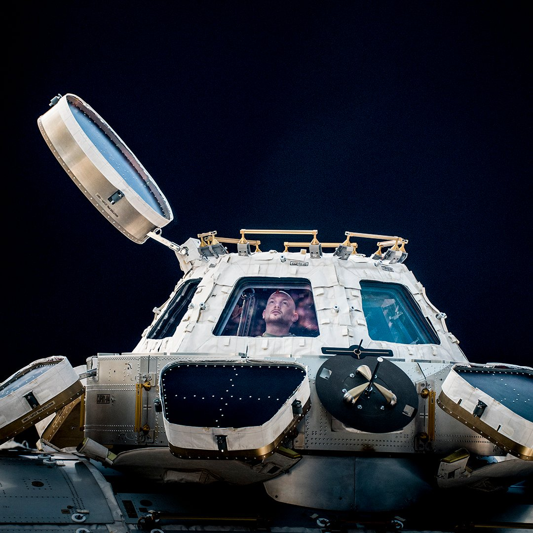 We have been studying isolation and confinement for years, and have developed methods and technologies to counteract possible problems. We use devices like actigraphy and new lighting to help assess and improve sleep and alertness. nasa.gov/hrp/bodyinspace #worldmentalhealthday