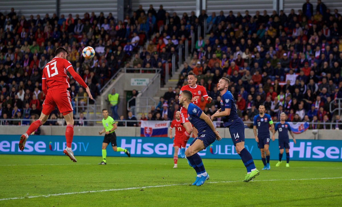PIC | 🇸🇰 0-1 🏴| #SVKWAL 📸 KIEFFER MAWR 😉 Moore of that please 👍 #TogetherStronger