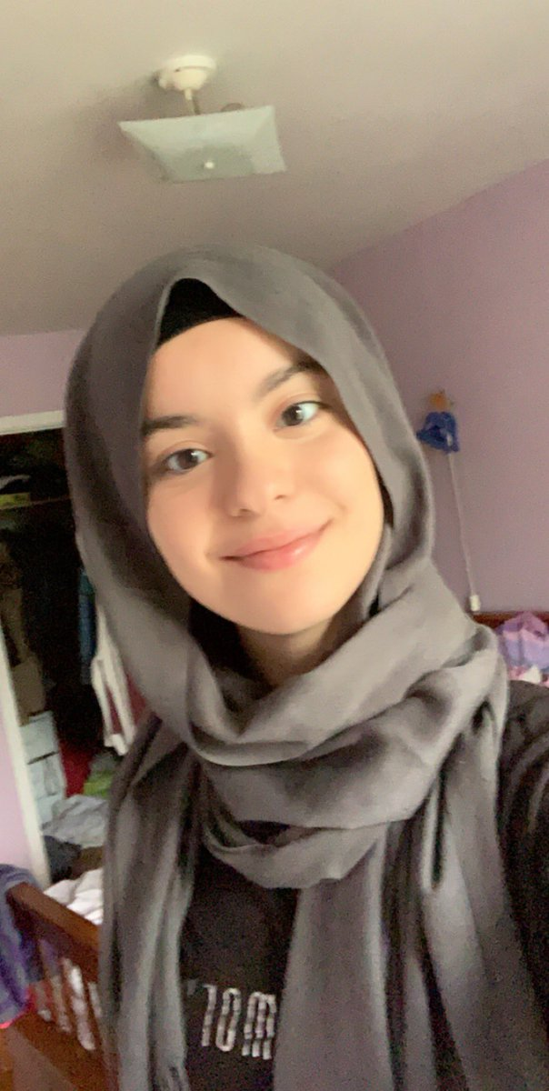 If there is some islamophobes in my followers imma tell you that I'm a whole hijabi from Algeria who speaks Arabic, read coran and do her 5 prayers almost every day  https:// twitter.com/bi_yoongi/stat us/1182338353200599040  … <br>http://pic.twitter.com/ax7WAow8fG