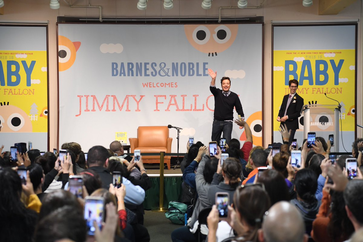 Fans of all ages came out to celebrate THIS IS BABY with @jimmyfallon at his local B&N, @BNUnionSquareNY tonight!