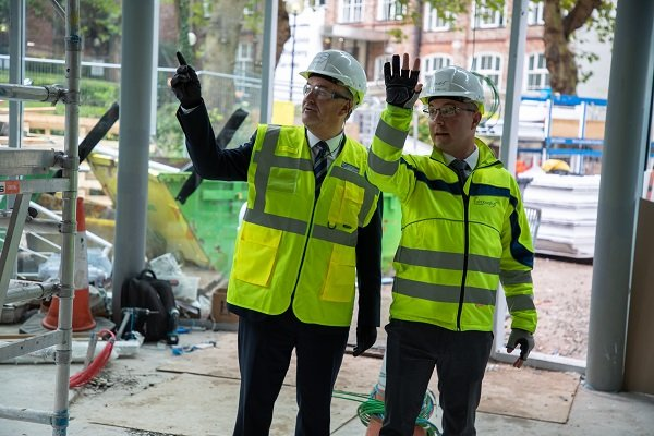 Our fantastic new pavilion at Aldham Robarts Library is nearing completion. Interim Vice-Chancellor Mark Power has been along to check on progress. It will provide our students with new study & social areas, a café & attractive new green outdoor spaces. bit.ly/316m4N1