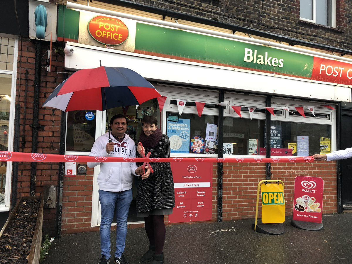 Delighted to be cutting the ribbon with Jay Pambhar to re-open Hollingbury Place Post Office! Open 7 days a week, it offers a fantastic service for the local community & will make a real difference to people's lives #Brighton