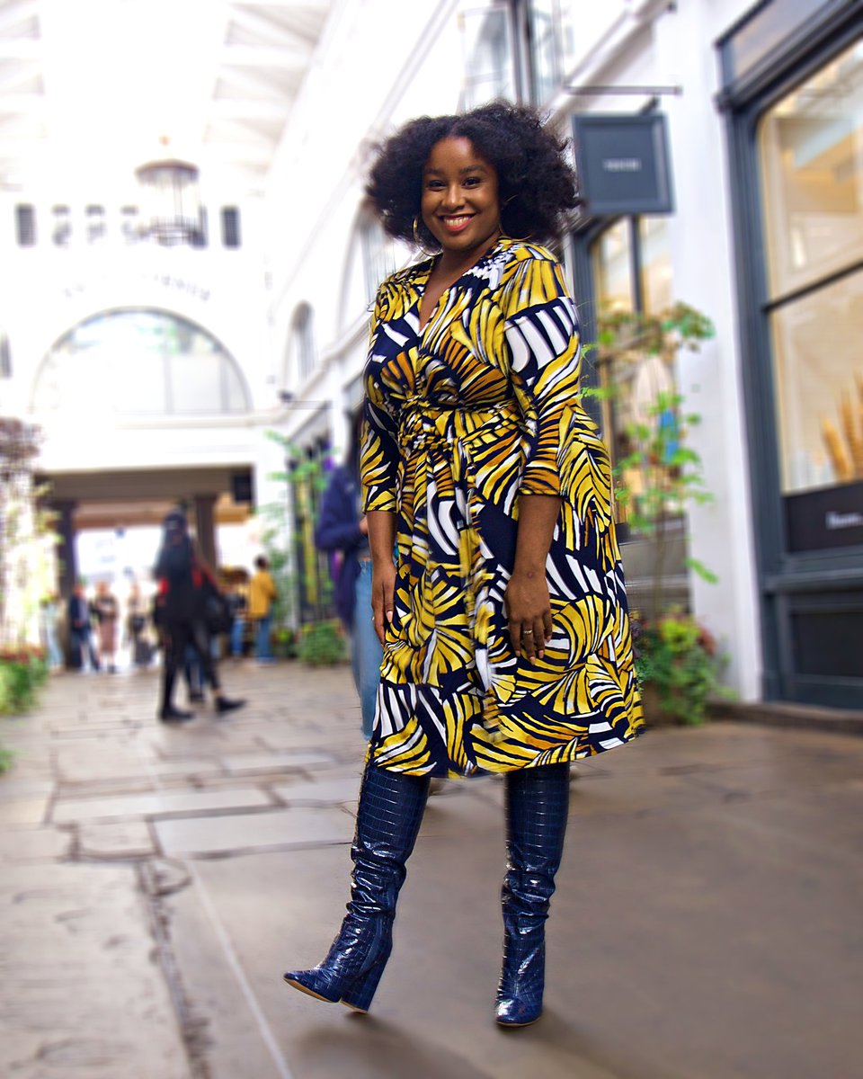 Hustle Hard.Stay Humble 💓  Dress: @Kaleidoscope_UK via @Curvissa Boots: @Missguided   📸 @TheresaDejaVue   #fashion #plussizefashion #style https://t.co/n4hMsryWCj