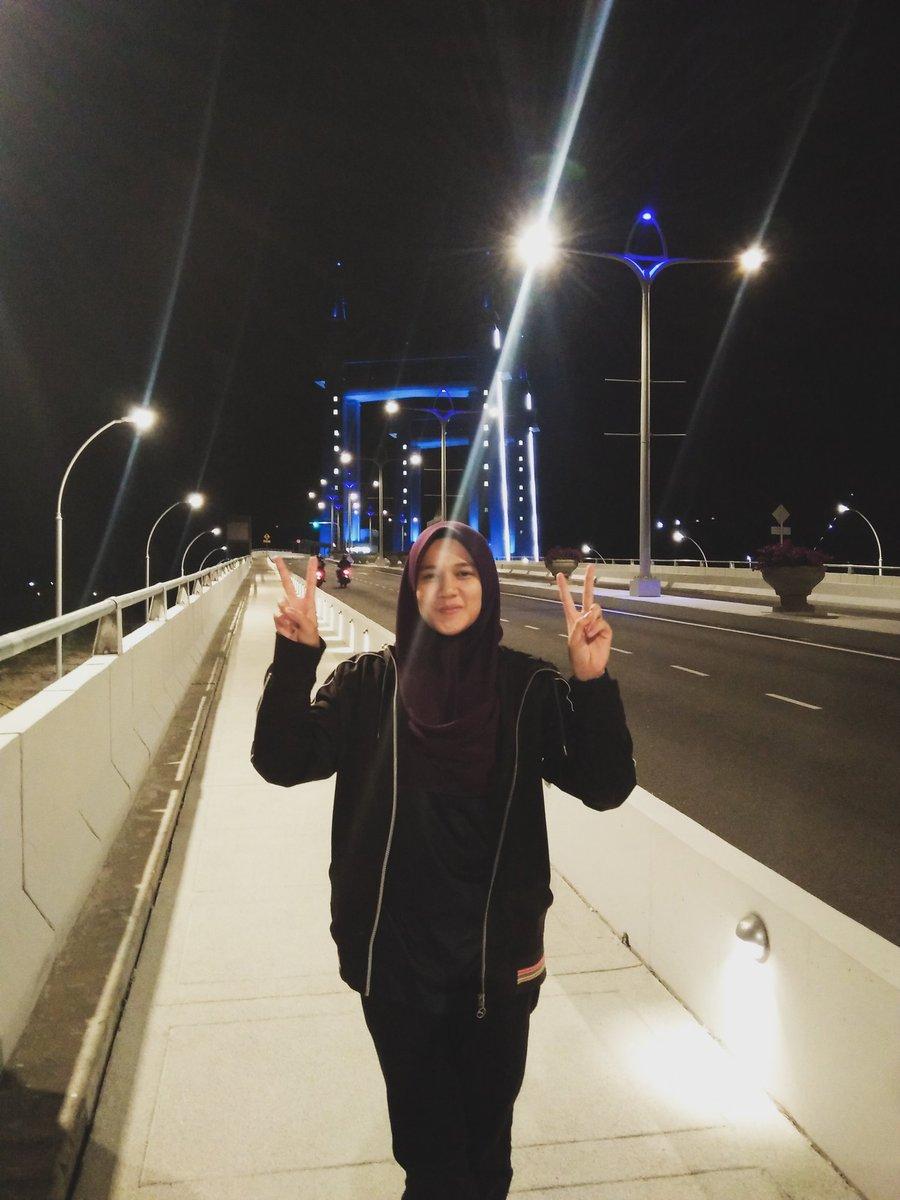 Terengganu's Drawbrige <br>http://pic.twitter.com/QTPJC9cu1c