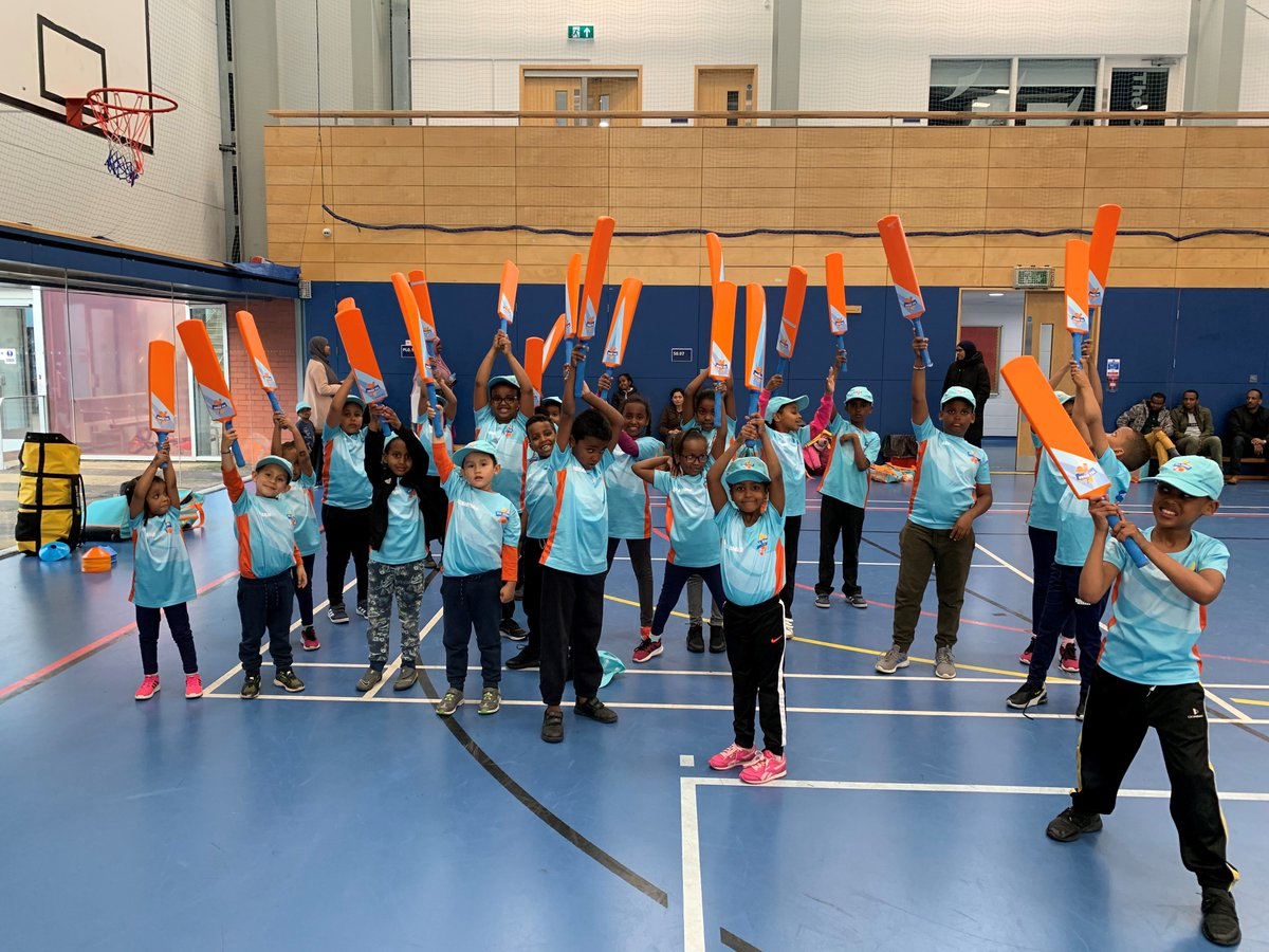 test Twitter Media - 🏏We have started a 'Somali focused' @allstarscricket programme in Bristol. This is the first of its kind nationally which aims to engage a new audience. This is proof that cricket is a sport for all🏏   Read more here- https://t.co/uVSOPaEfxQ  #Cricket  #Bigmoments https://t.co/pg4dsPVoie