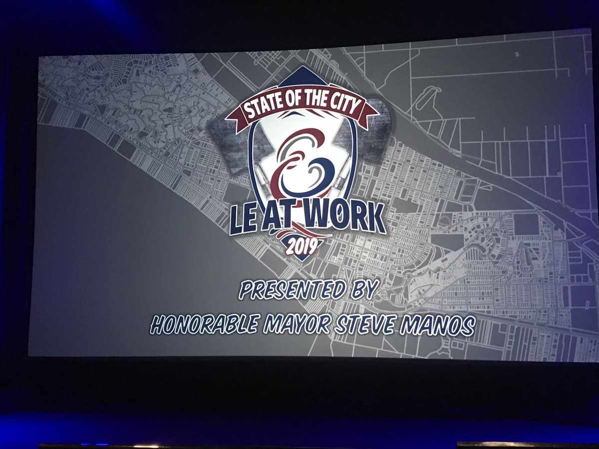 Congrats @CtyLakeElsinore @smanos1 on the amazing state of the city! @SCE proud to support! #dreamextreme <br>http://pic.twitter.com/QcltdFCeEQ