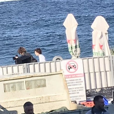 Some Australian fans spotted  I Timmy during a photo shoot. Though he was in a hurry he was still stopped and said hi after the shoot. . Cr: ftchalamet via twitter . . . #Timotheechalamet #tchalamet #timothéechalamet #timotheechalametedit #timotheechalametedit #timothéepic.twitter.com/M04KskumfH