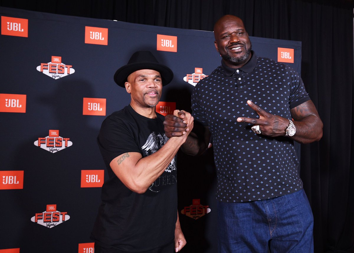 What a way to kick this week off, Las Vegas! So much fun with @KennySmith @RunDMC and @JBLAudio. Great night at JBL Remix. #JBLFest #AD