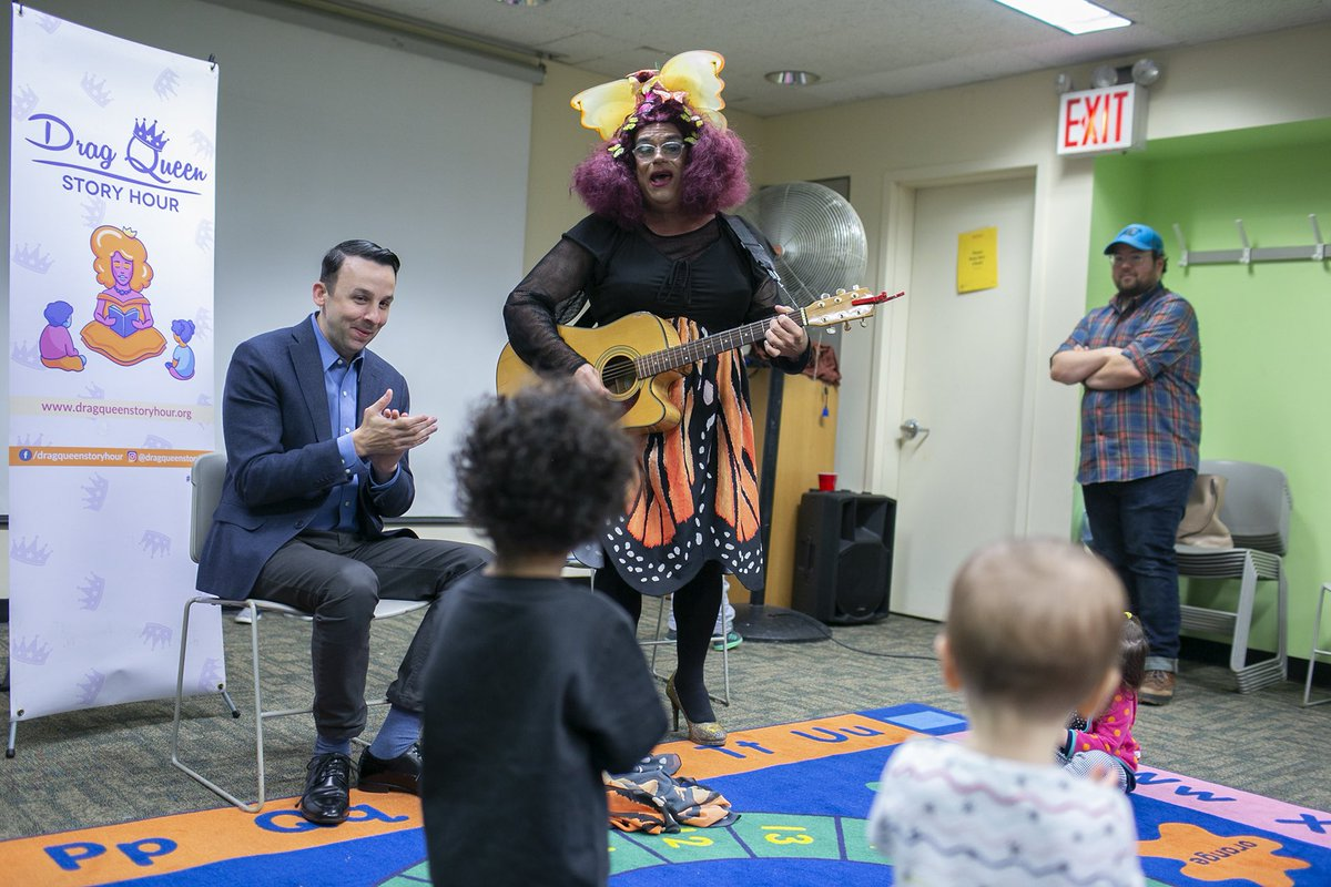Council Member @KeithPowersNYC attends #DragQueenStoryHour at the Yorkville branch of the @nypl.