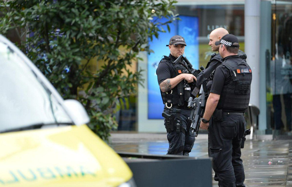 Police treat stabbings at UK shopping mall as terrorism incident