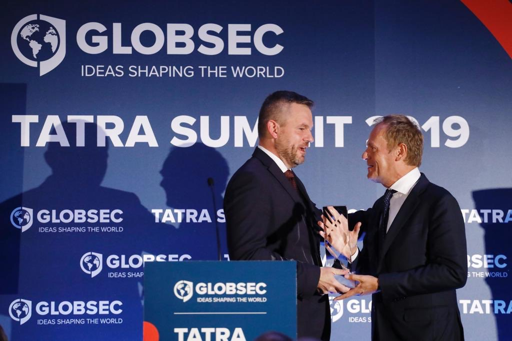 Honoured to receive the @GLOBSEC European Award. #TatraSummit2019 My acceptance speech: europa.eu/!bw47hG