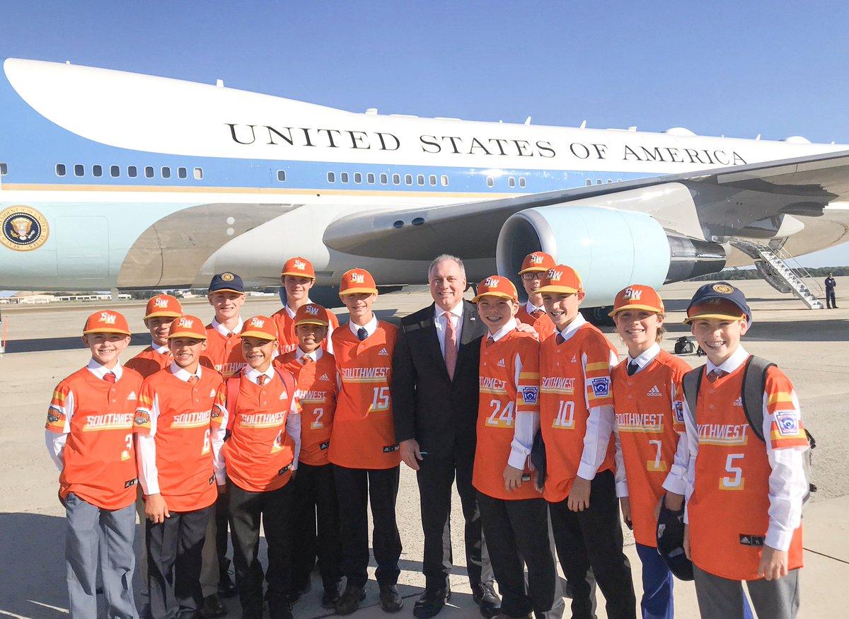 Trump Invites Little League World Series Team Aboard Air Force One