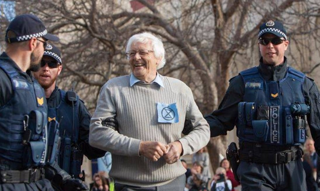 Tasmanian #ExtinctionRebellion folk making some noise. Nine arrests yesterday. How incredibly dangerous do these felons look?! #SpringRebellion