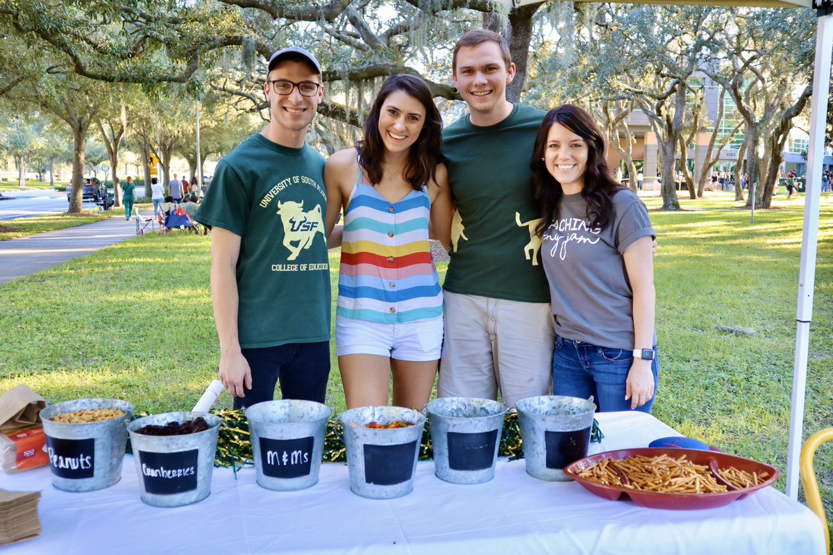 We're all set up and ready to go! Join us at the corner of Genshaft and Sessums Mall for the #USFHomecoming Parade Watch Party! #GoBulls <br>http://pic.twitter.com/gNRwnMYPbQ – à University of South Florida