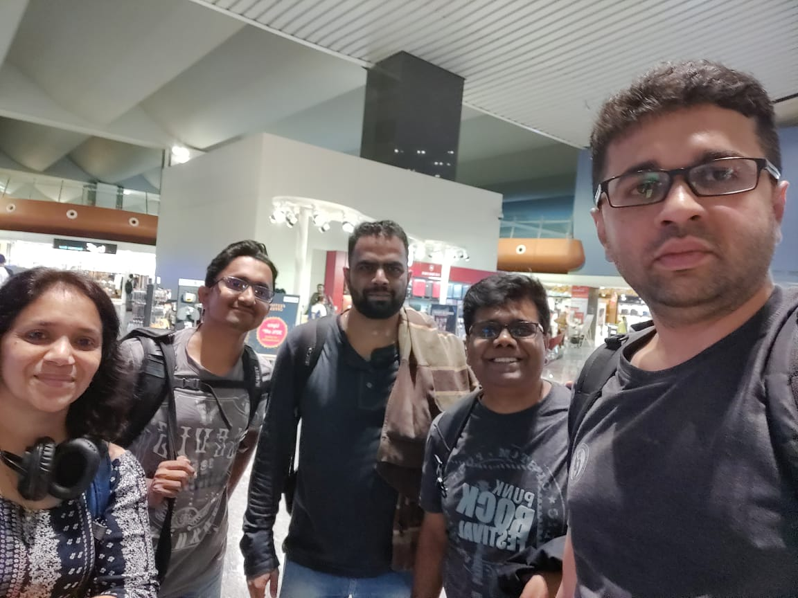 Heading to the land of opportunities! @dayanidhimg @vishalgondal