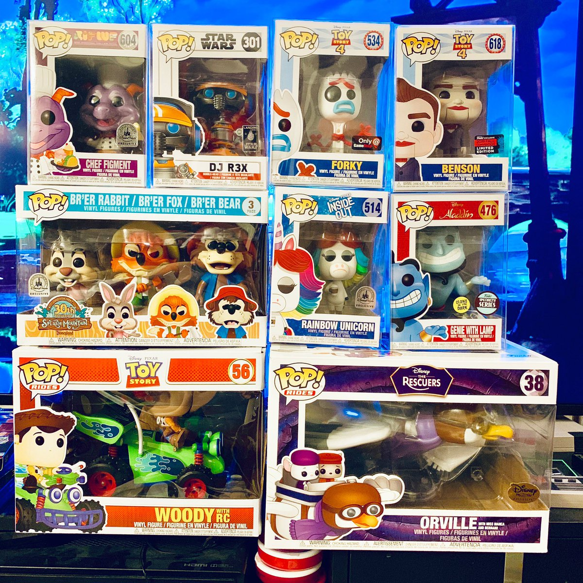 This week's #FunkoFriday haul is a #Disney #Pops bonanza! Finally got the #DisneyParks Splash Mountain 3-Pack and my sentimental favorite: #theRescuers!!! And completed the #ToyStory4 set with the #NYCC Benson! Officially out of shelf space!! #funkopops #funko #funatics #figment