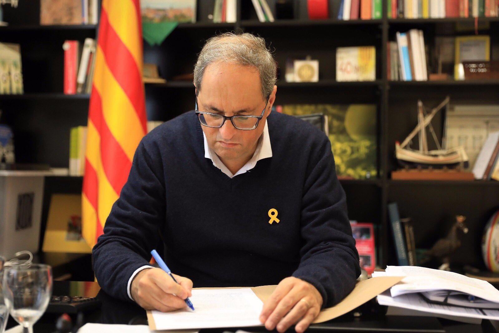 El prusés Catalufo - Página 7 EGq2oyCWoAASrEj?format=jpg&name=large