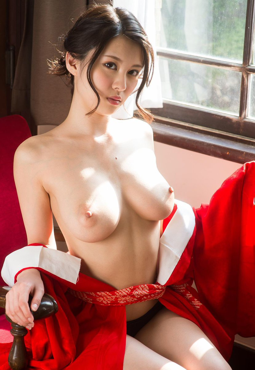 Asian big tits porn photos