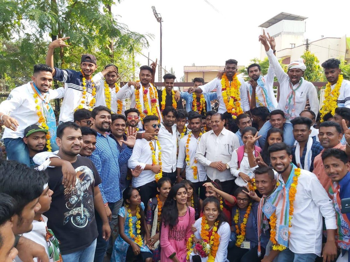 NSUI takes Surat colleges by storm. Winning Students Union polls in 51 out of 70 institutions, NSUI has shown how students abhor ABVP and BJP in Surat and Gujarat. Heartily congratulations to all supporters and well wishers of forward looking and resurgent NSUI. <br>http://pic.twitter.com/cdcylKJzFv