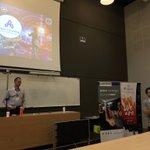 Image for the Tweet beginning: #HICamp 2ème Conference par @fsanuy