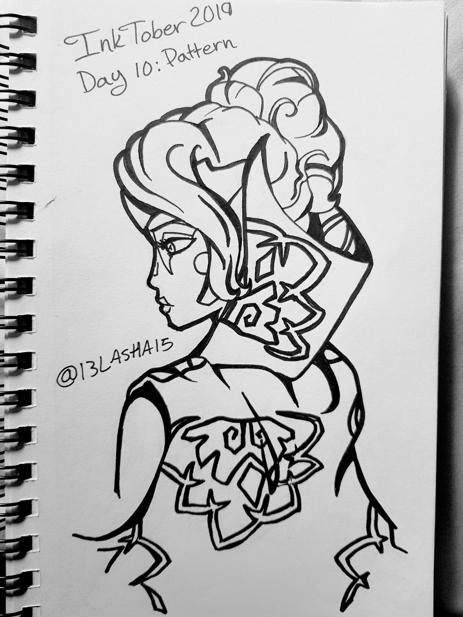 #Inktober2019 #ninjago #harumi #Inktoberday10s prompt was #pattern. It reminded me of when I first saw designs for The Jade Princess, because one of the things that stood out to me was her flower print cape. Those flowers are so hard to draw, I dont think I did them justice 😂