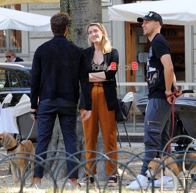 Marchisio met Ramsey while out walking their dogs ❤ #Eight