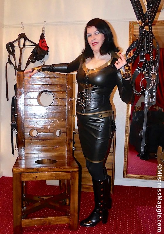 The gentleman joining me in my chambers this afternoon is a first timer.  We have been discussing his desire for strict bondage and I'm going to make sure that's what he gets!  #rubbermistress #latexmistress #maturedomina #dominatrix #bdsm #bondagechair