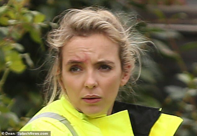 Jodie Comer and Fiona Shaw were spotted filming Killing Eve last week in North London!   https://www.dailymail.co.uk/tvshowbiz/article-7566529/amp/Killing-Eves-Villanelle-takes-one-alarming-convincing-disguises-yet.html …