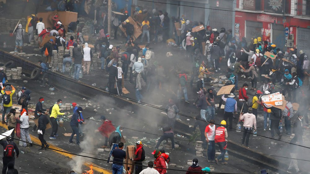 Ecuador protests: President imposes curfew amid worsening violence - Top Tweets Photo