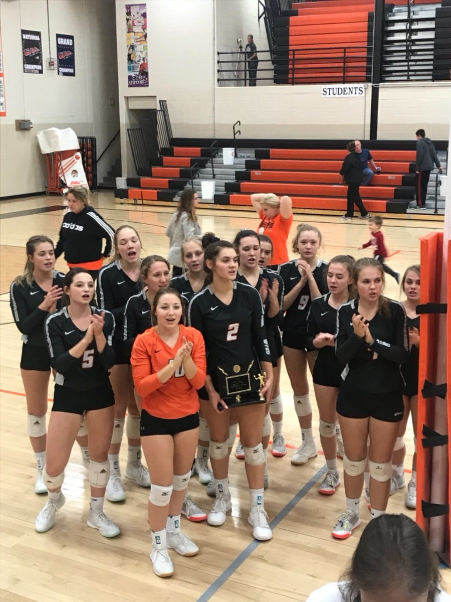 VB: Griffins defeat St. John Christian 25-20 and 25-22 and are the Falls City Tournament Champs!