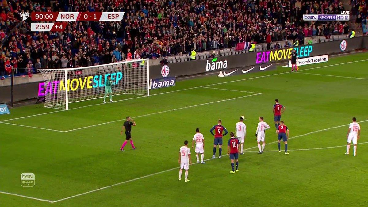 هدف ⚽️ كيبا يخطئ.. وكينغ يعادل الكفة في الوقت القاتل من ركلة جزاء. النرويج 1 إسبانيا 1 #EURO2020