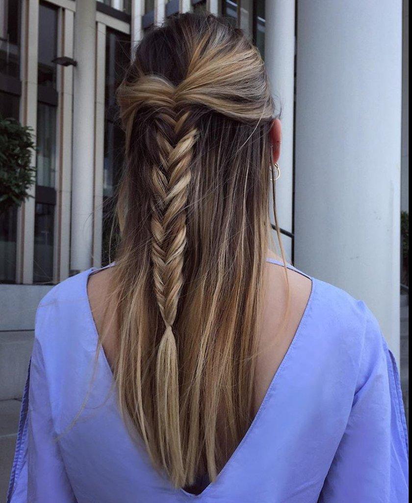 Die Kombination aus langen Haaren mit blondem Balayage und einer Flechtfrisur.   #ksfriseur #haircolorartist #brownhair #newhaircolor #beautyhair #beautyhairstyle #balayage #brown #munichstagram #munichinside #fashioninstagrampic.twitter.com/PvqaHDkS68