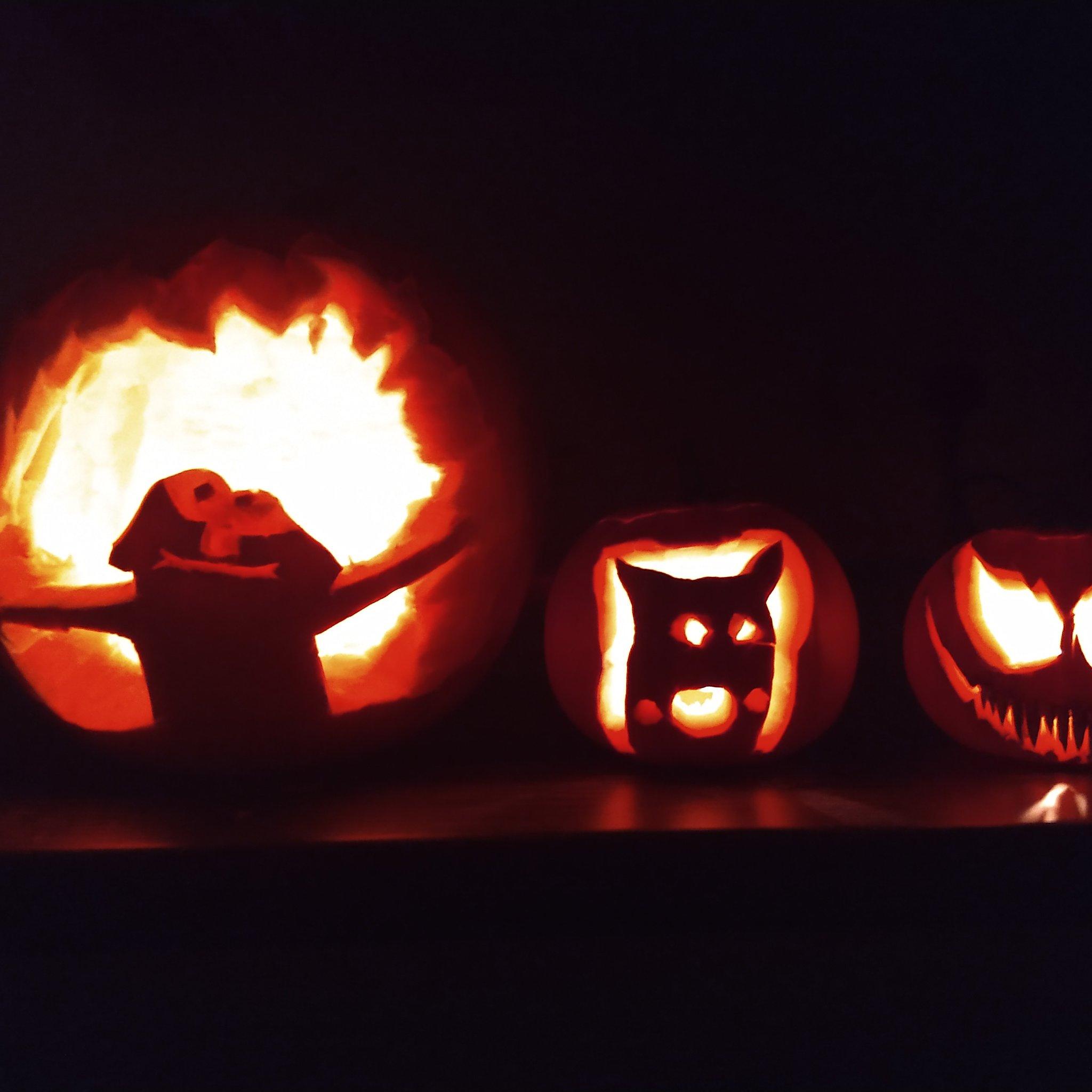 Emily Reynolds On Twitter Pumpkin Carving Night Elmo Pikachu Venom Halloween